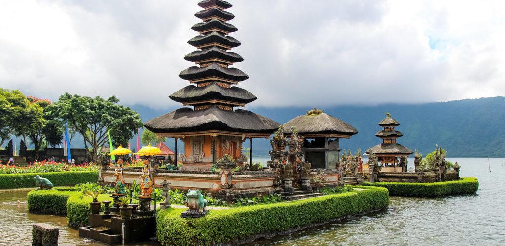 Красивый остров Бога на Бали